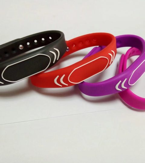 13.56Mhz Passive RFID Silicone ICODE SLIX Loyalty Wristband for Membership System